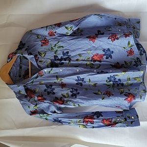 Lauren Ralph Lauren blue button up floral blouse
